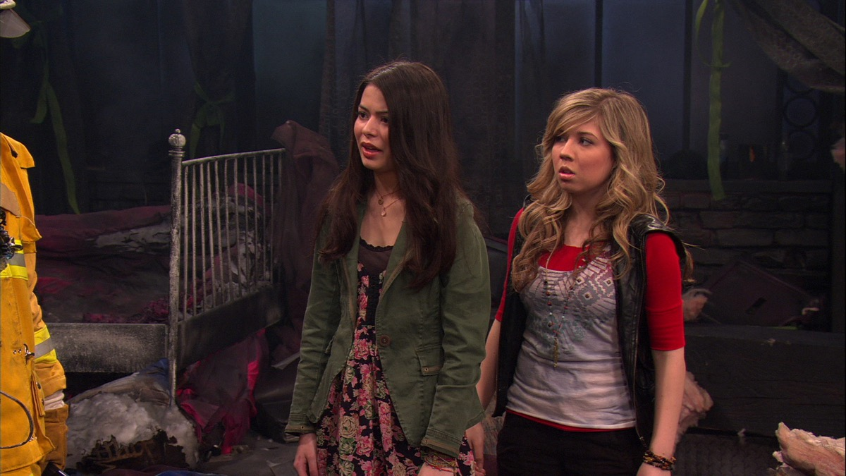 still from icarly