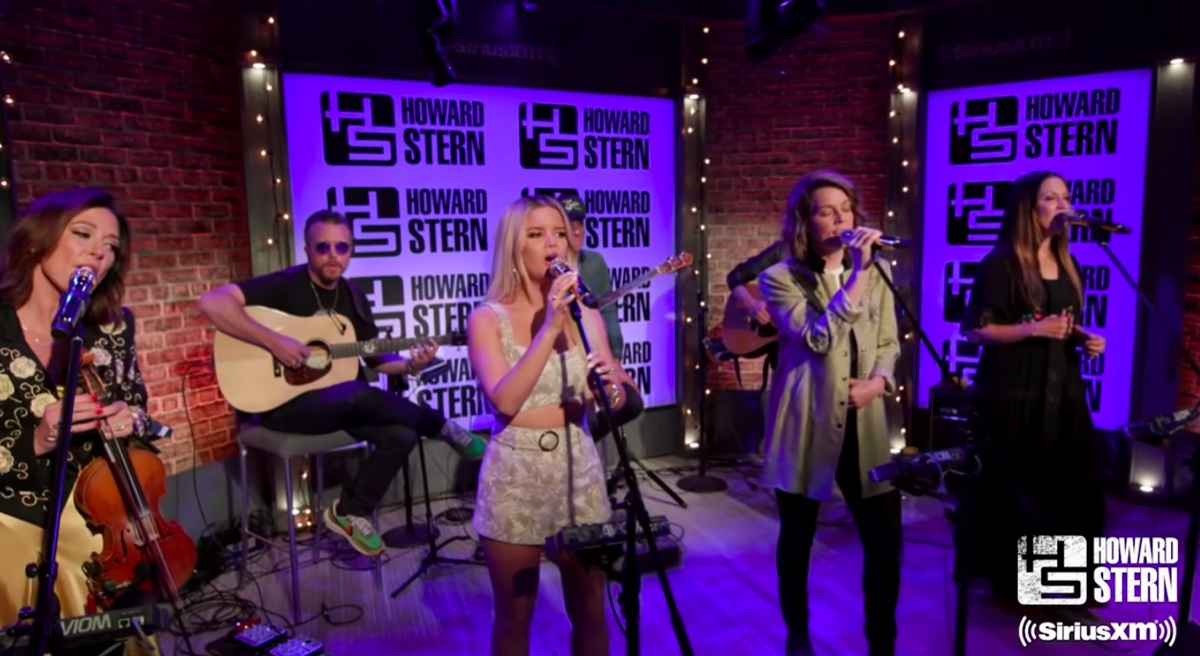"""The Highwomen performing """"The Chain"""" on The Howard Stern Show"""