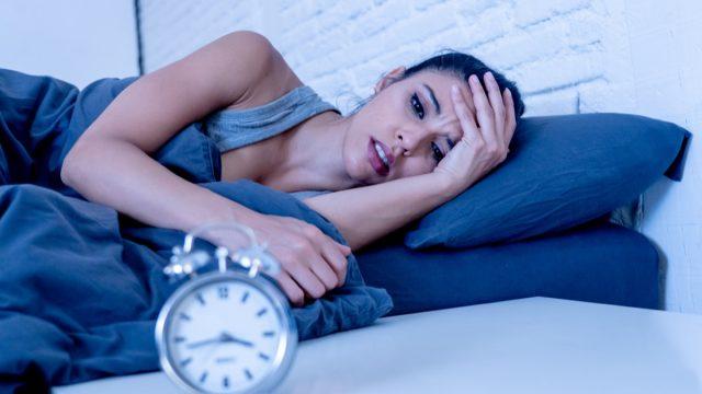 Woman can't fall asleep