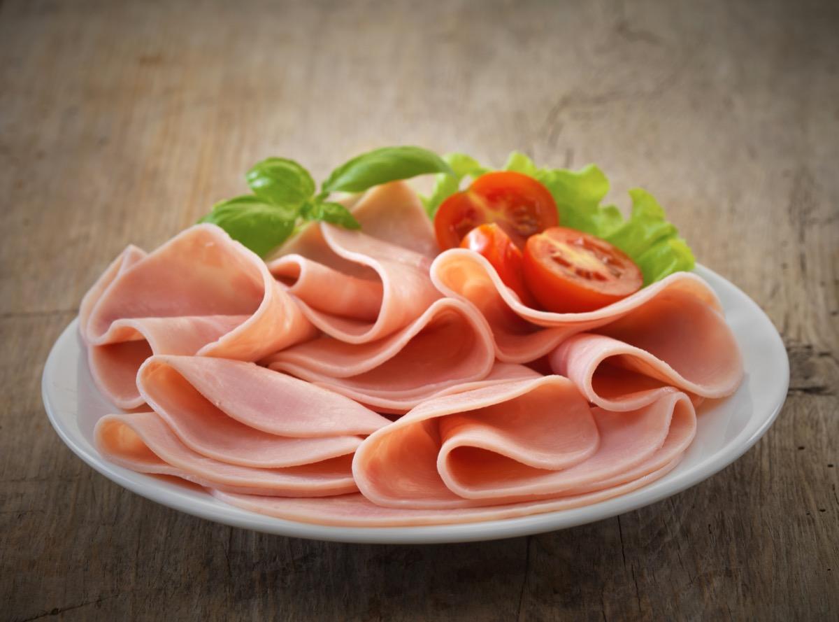 sliced ham on plate
