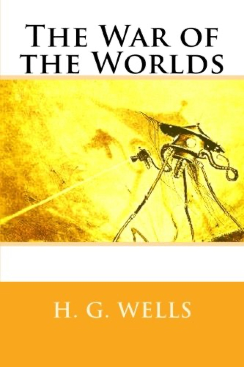"""Book cover of """"The War of the Worlds"""" by H.G. Wells"""
