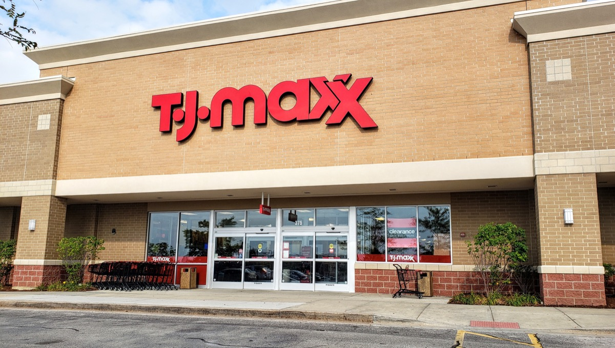 tj maxx storefront in the daytime