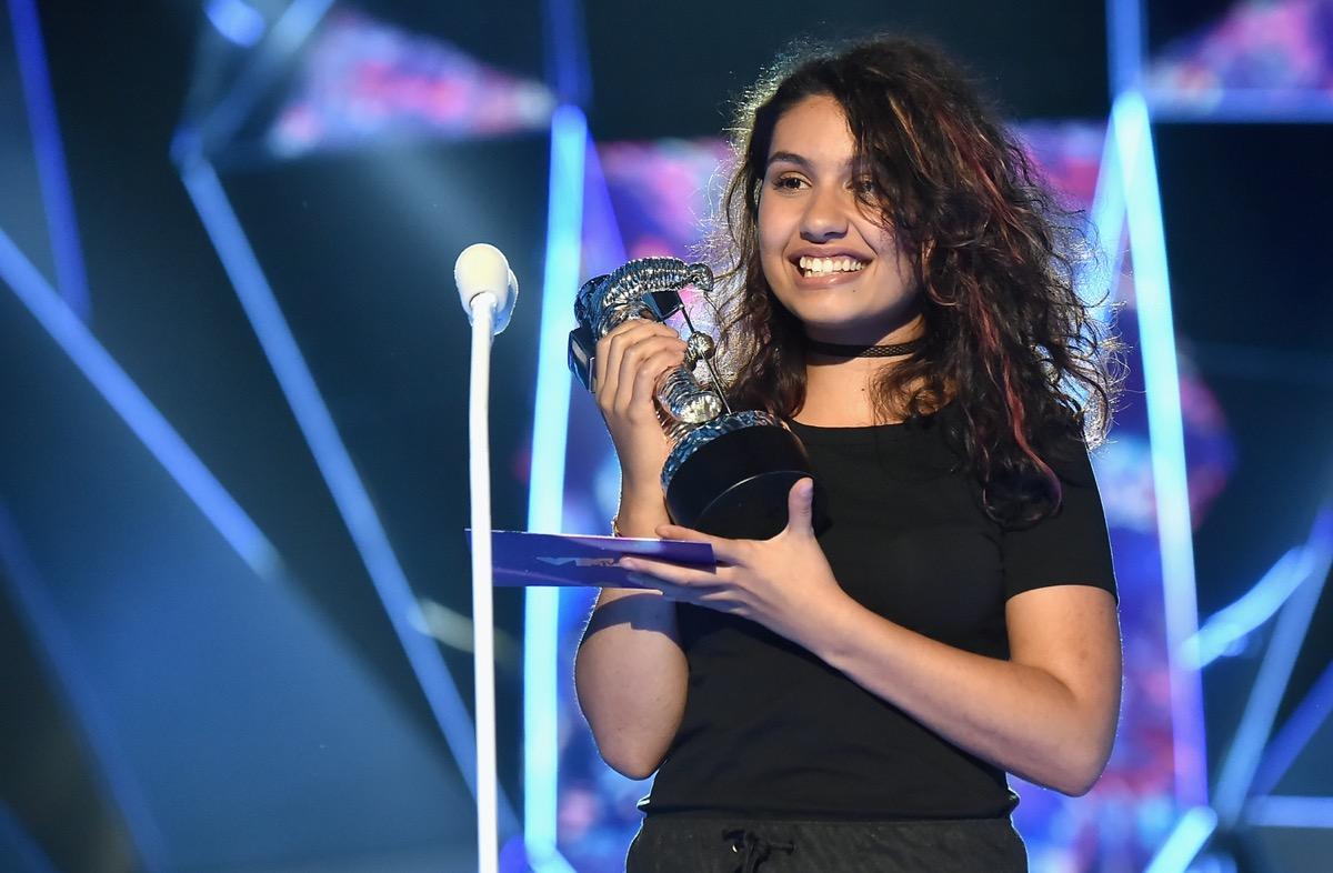 Alessia Cara at the MTV VMAs in 2017