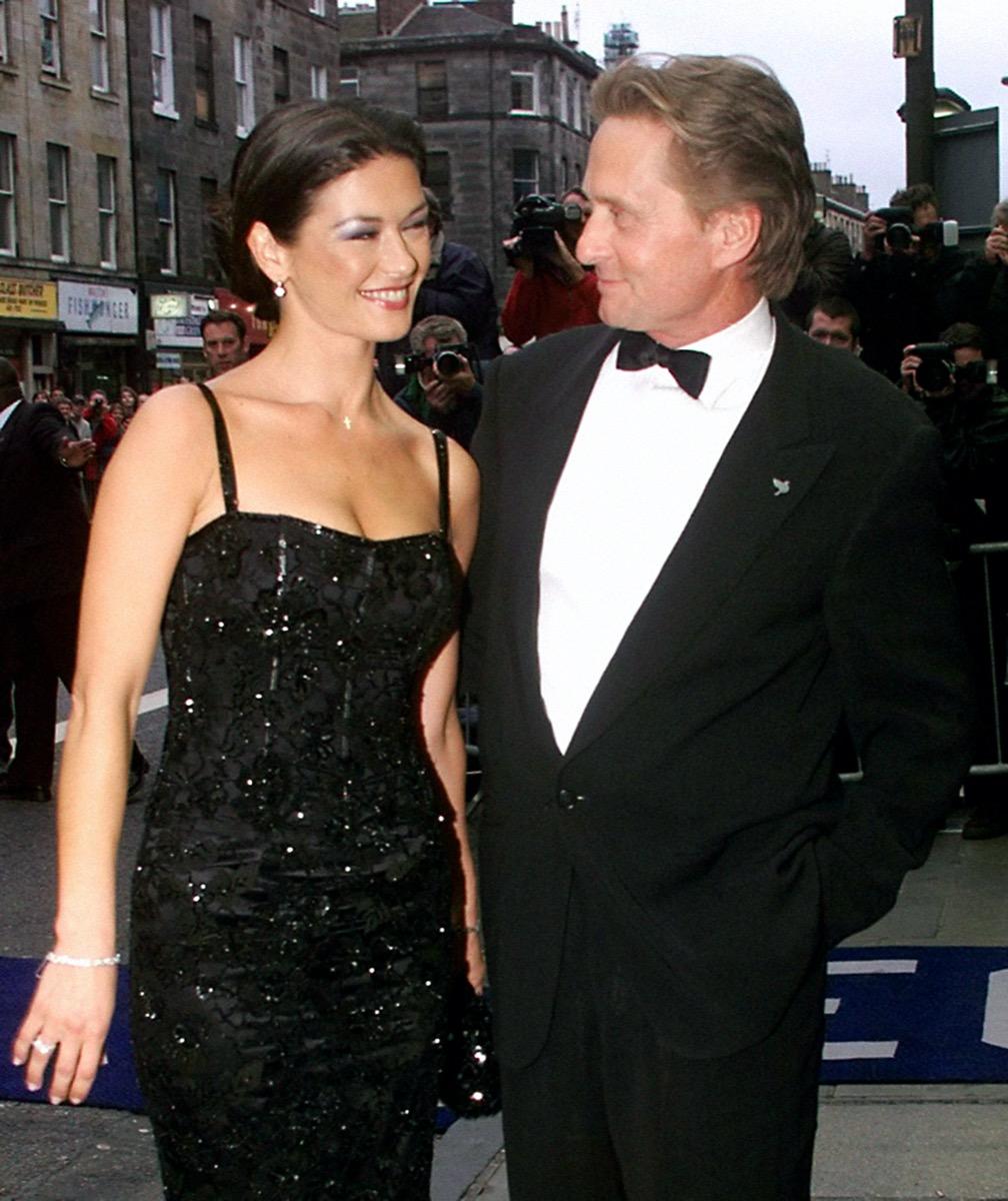 Catherine Zeta-Jones and Michael Douglas in 1999