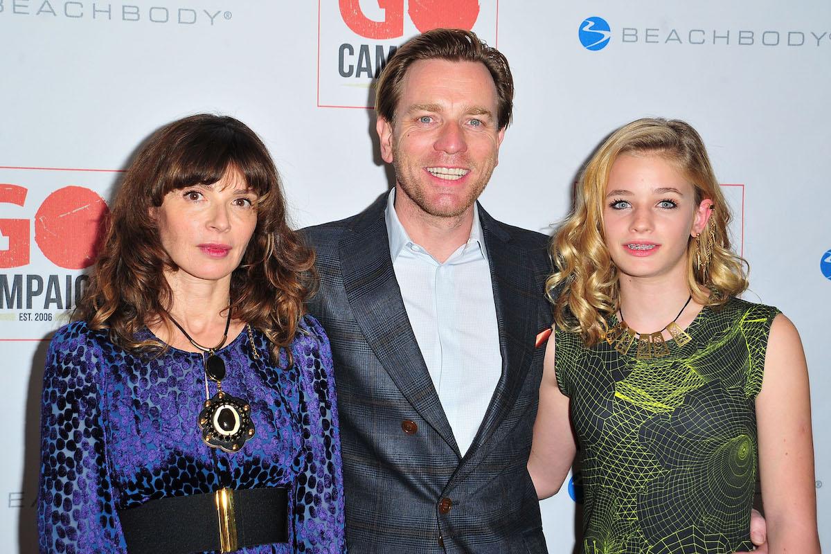 Eve Mavrakis, Ewan McGregor, and Clara McGregor in 2015