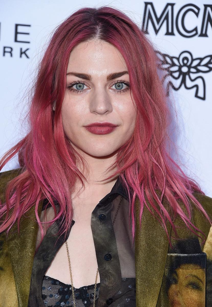 Frances Bean Cobain pink hair
