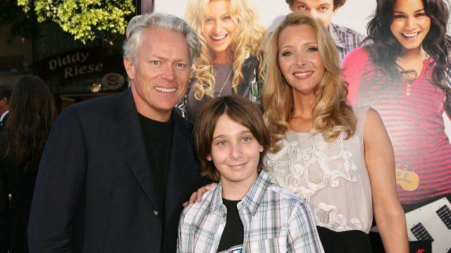 Michel Stern, Julian Stern, and Lisa Kudrow in 2009