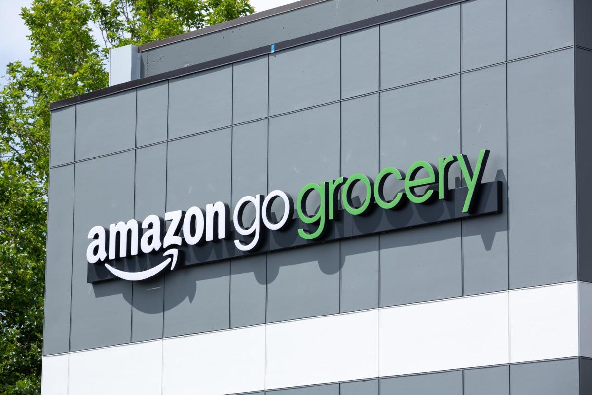 amazon go grocery store exterior