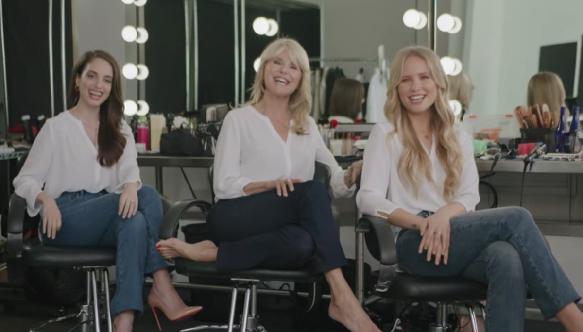 christie brinkley sits alongside her daughters alexa and sailor