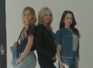 See Christie Brinkley Modeling With Her 2 Daughters