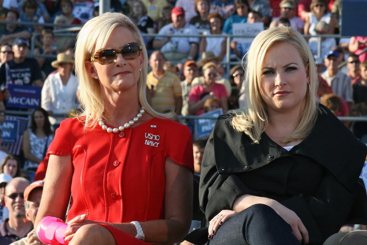 Cindy McCain and Meghan McCain in Washington, Pennsylvania on August 30, 2008