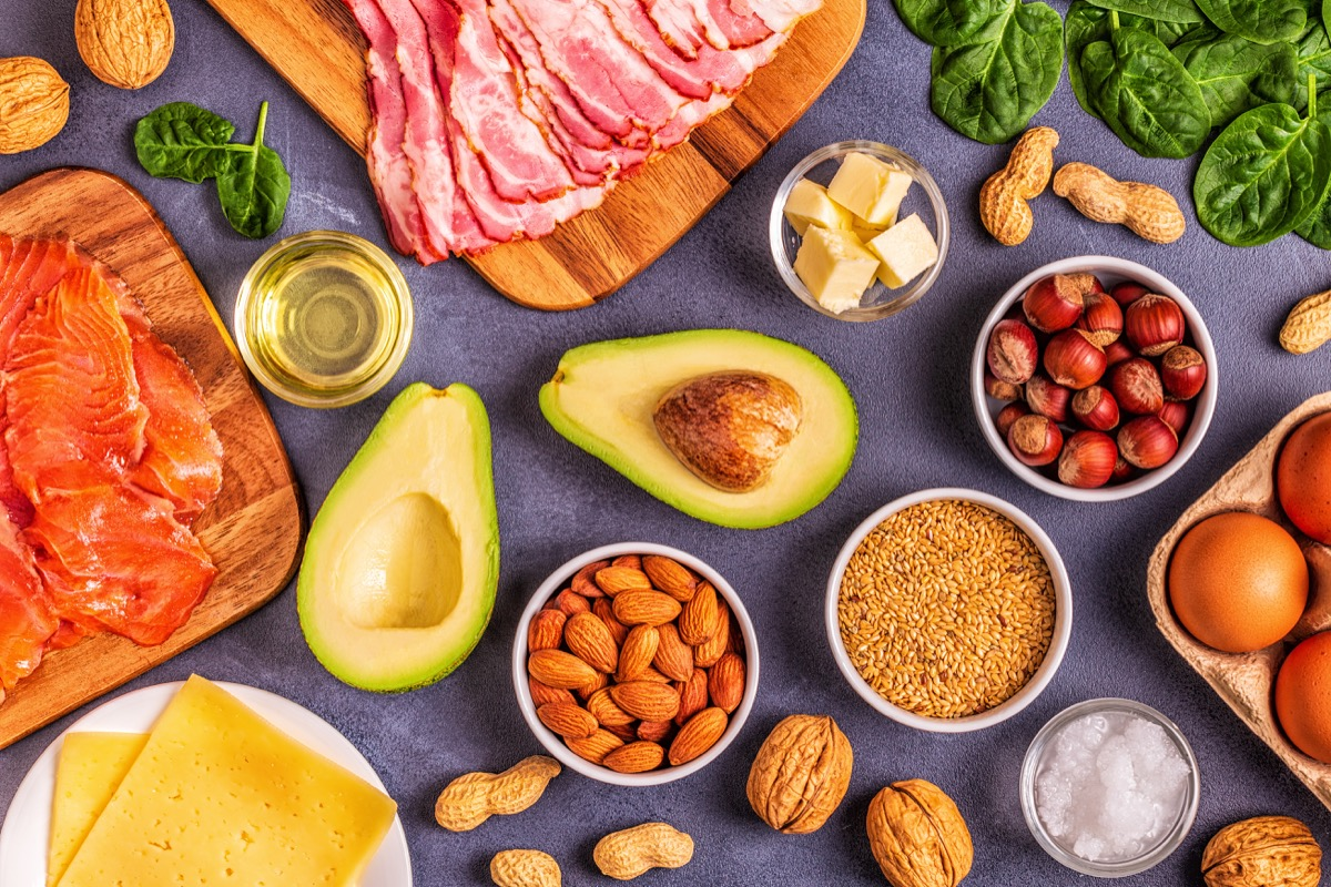 keto diet with avocado, fats, oils, nuts