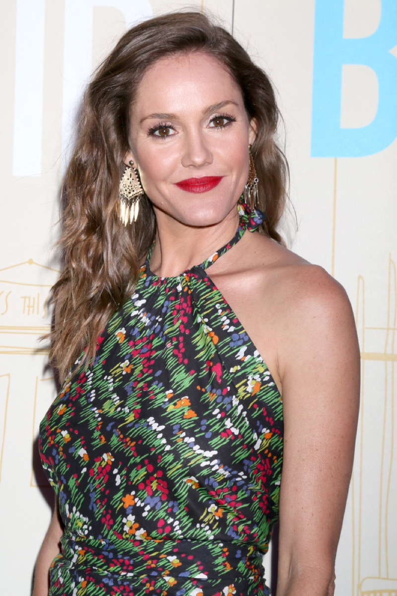erinn hayes on the red carpet