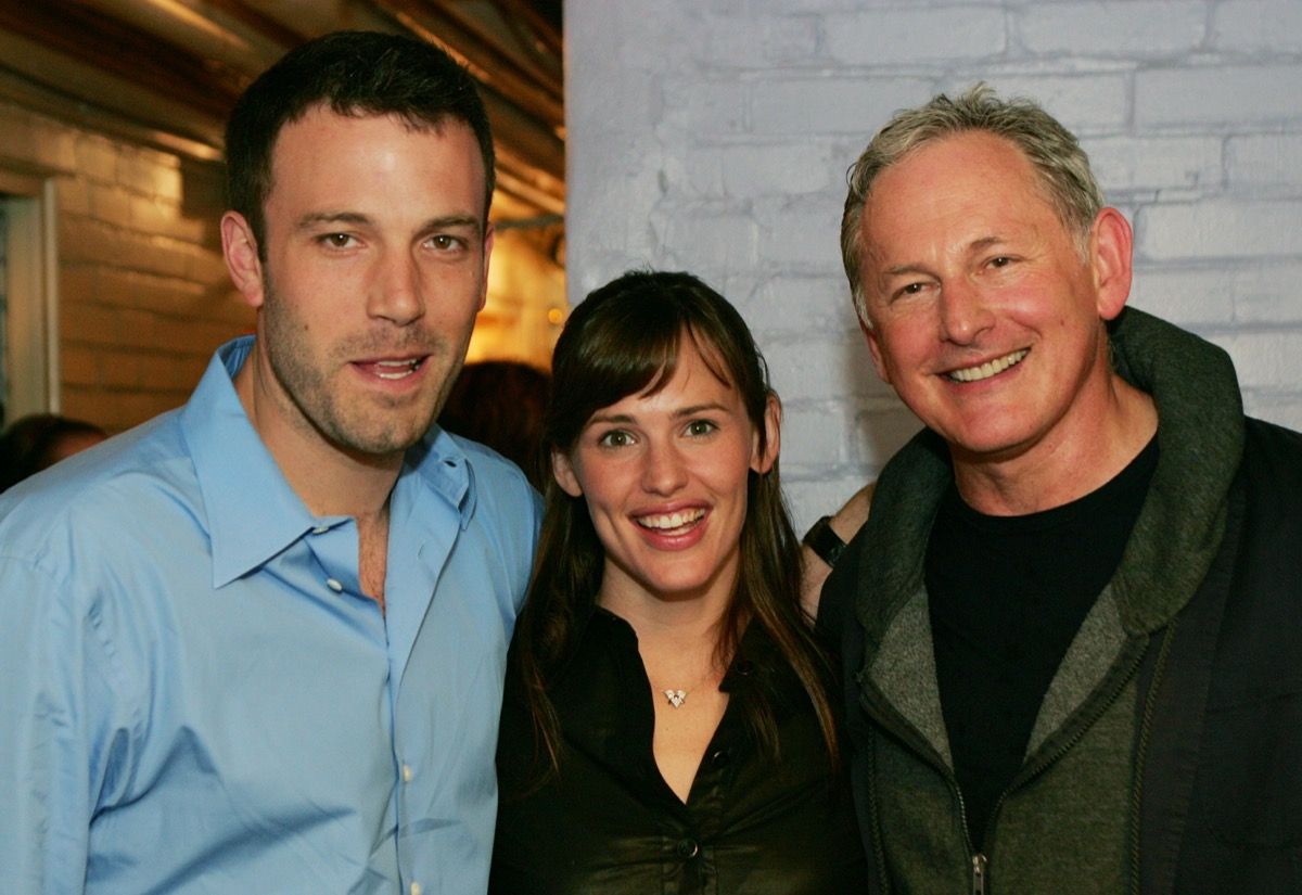 Ben Affleck, Jennifer Garner, and Victor Garber