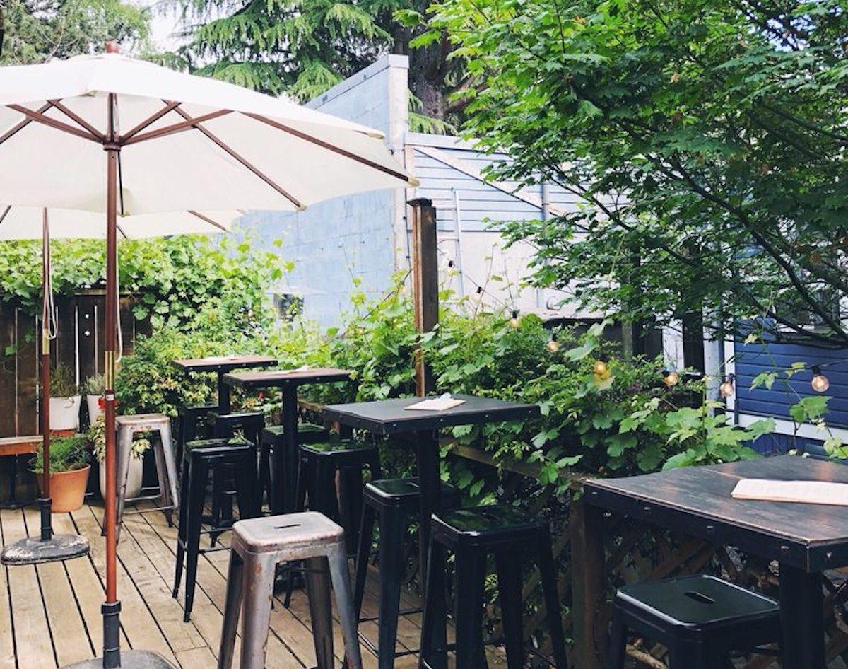 Bottlehouse in Seattle, the best outdoor bar in Washington