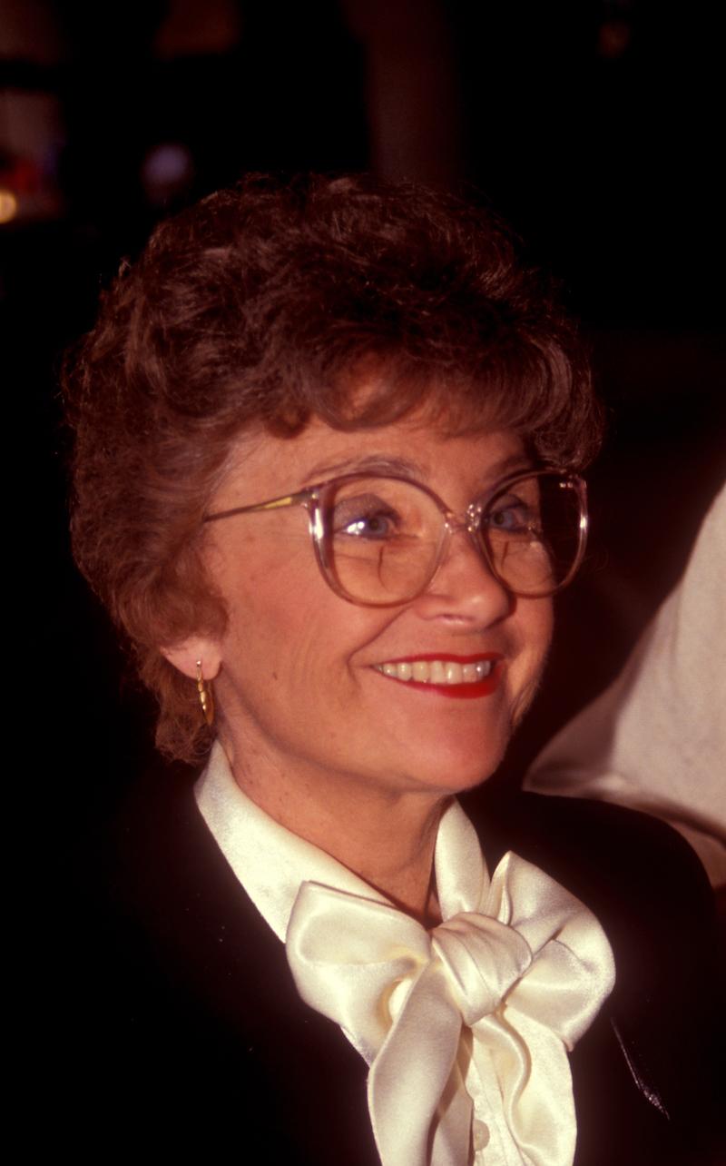 Estelle Getty leaving Spago restaurant in 1991