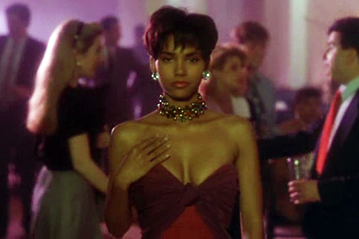 halle berry in the last boy scout