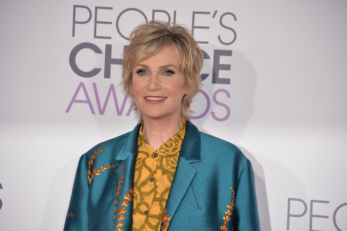 Jane Lynch at the People's Choice Awards in 2016