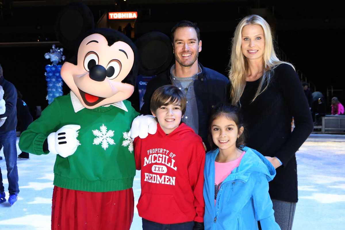 Mark-Paul Gosselaar and family