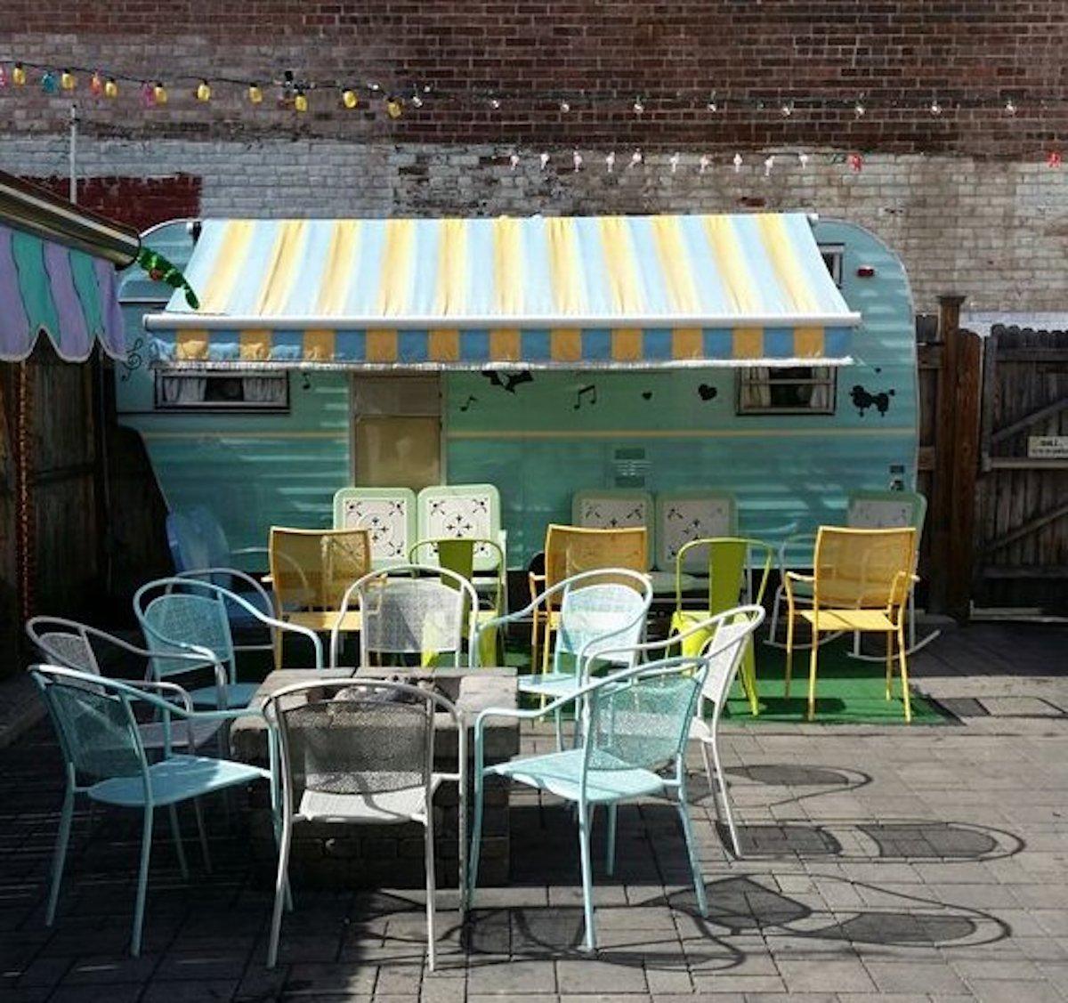Ogie's Trailer Park, the best outdoor bar in Rhode Island