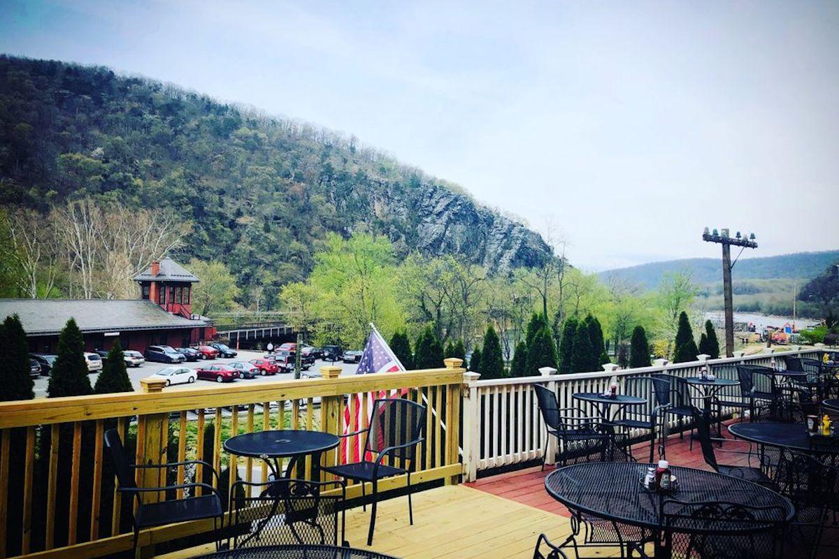 The Rabbit Hole Gastropub, best outdoor bar in West Virginia