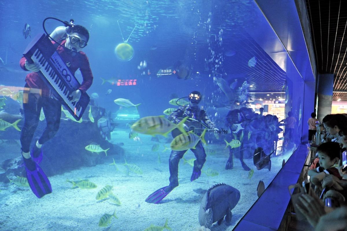 Underwater music show in China
