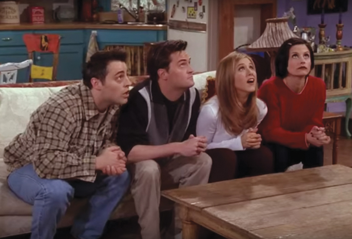 "Matt LeBlanc, Matthew Perry, Jennifer Aniston, and Courteney Cox in ""Friends"" season 4"
