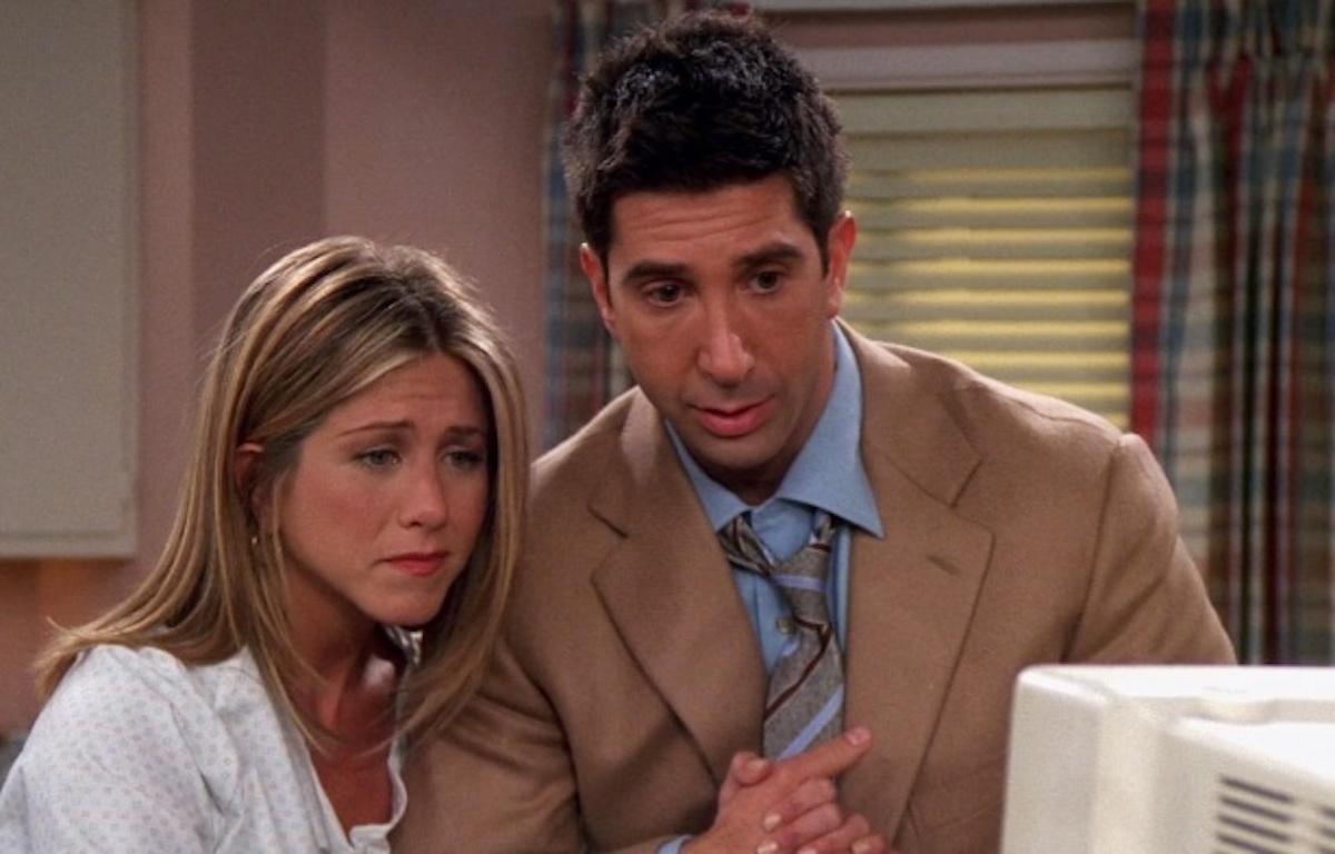 "Jennifer Aniston and David Schwimmer in ""Friends"" season 8"