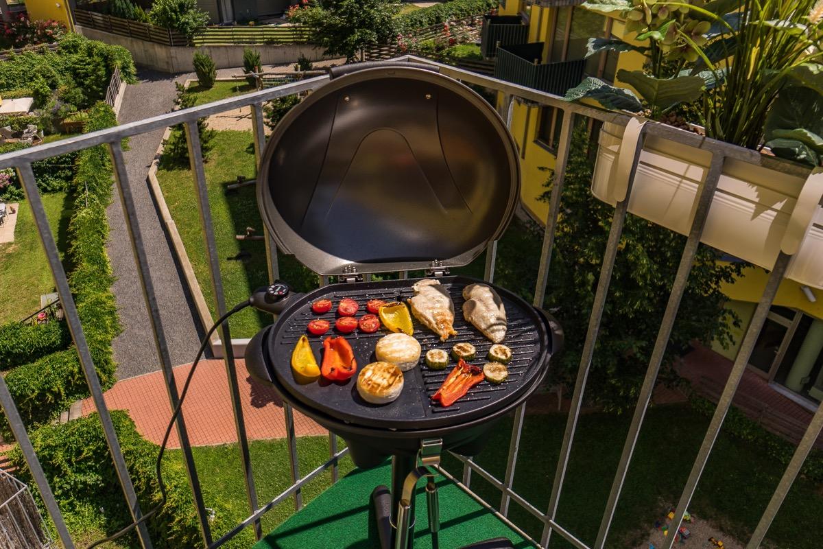 grill on balcony