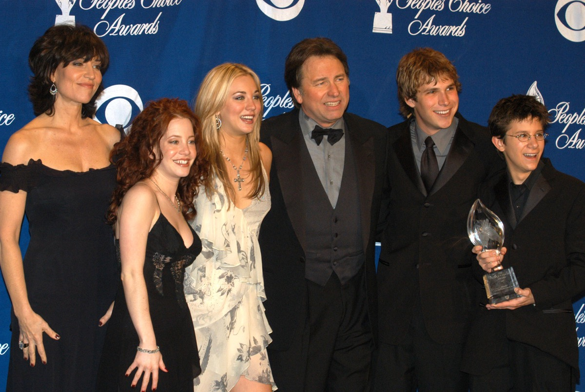 """Cast of """"8 Simple Rules"""""""