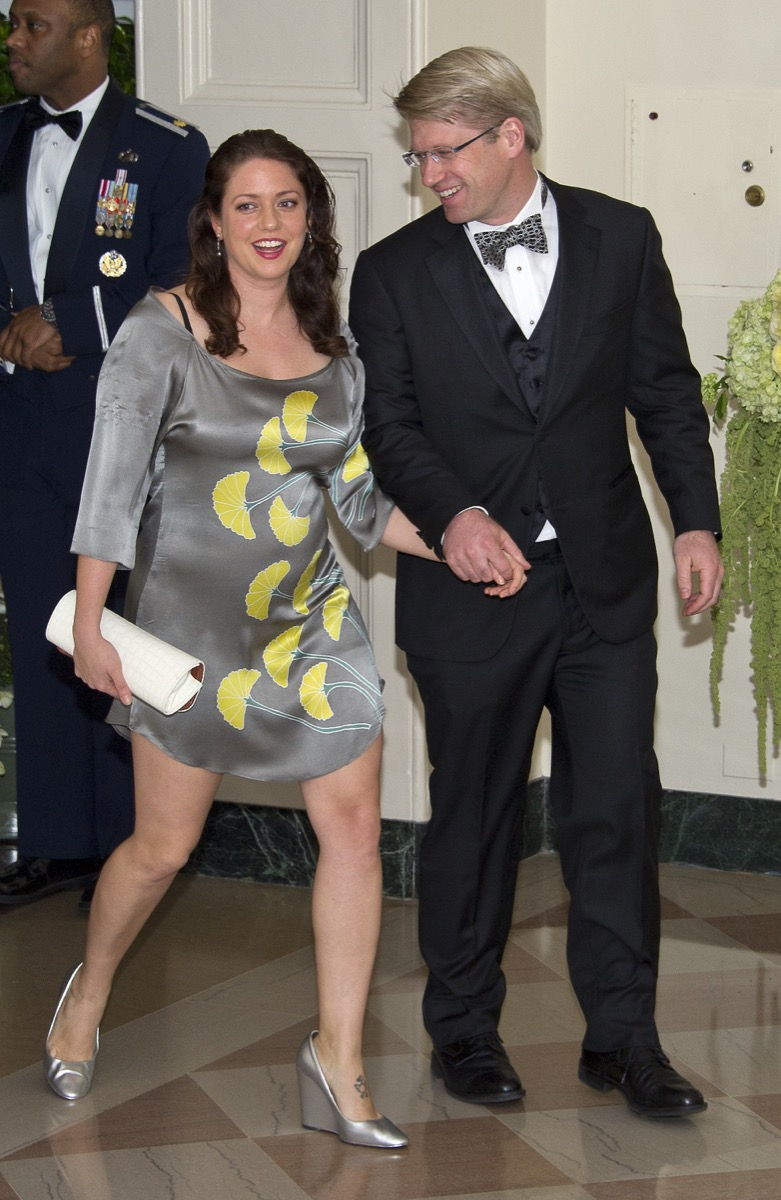Liesel Simmons with her husband at a gala dinner