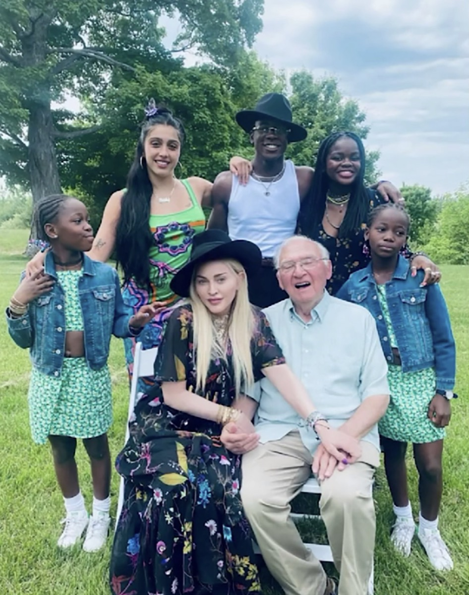 Madonna, her kids, and her father at his vineyard