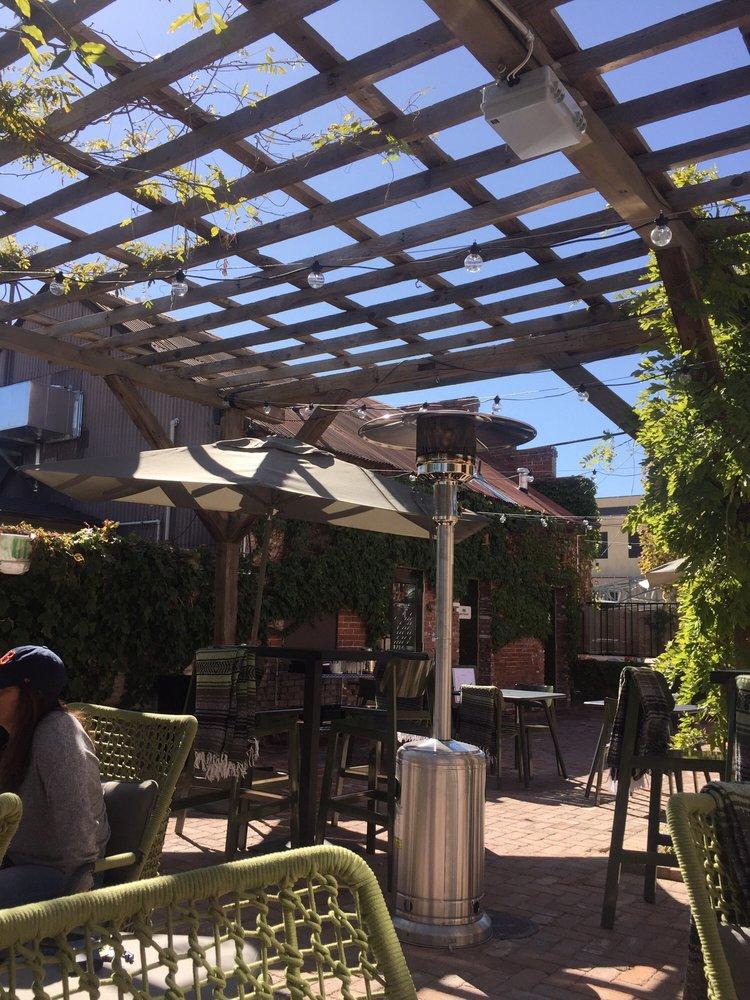 Estella Tacos Y Mezcal in Reno