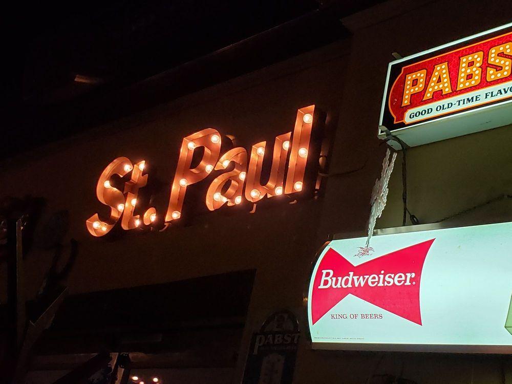 Brunson's Pub in St. Paul