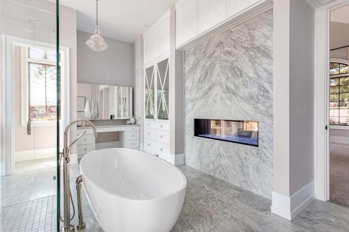 pendant light in modern bathroom