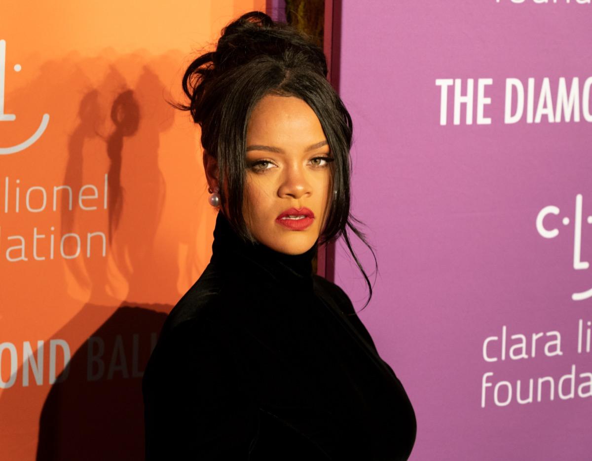 Rihanna 2019