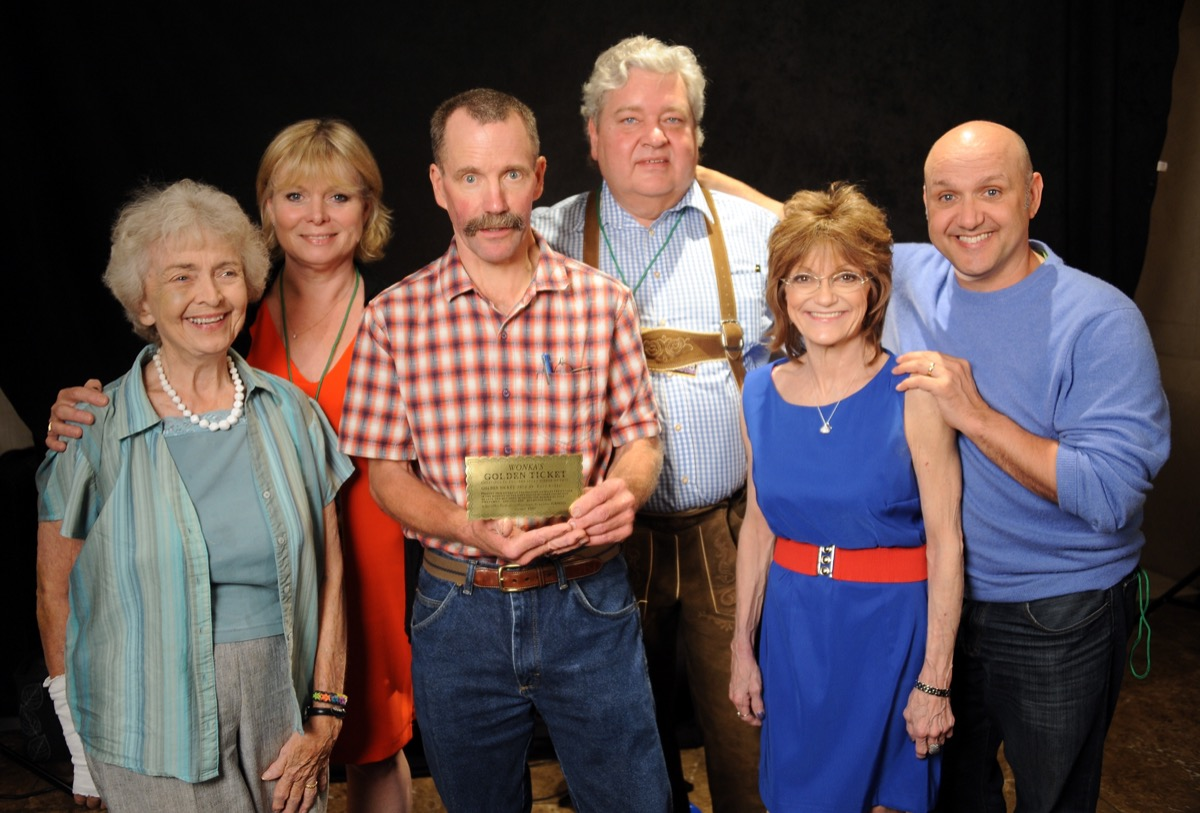 Diana Sowle, Julie Dawn Cole, Peter Ostrum, Michael Bollner, Denise Nickerson and Paris Themmen at the The Hollywood Show