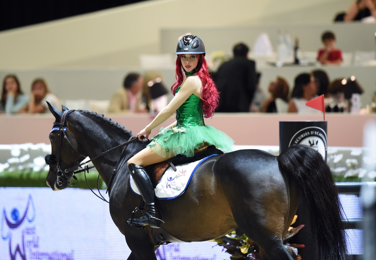 Hannah Selleck equestrian competition dressed as Poison Ivy