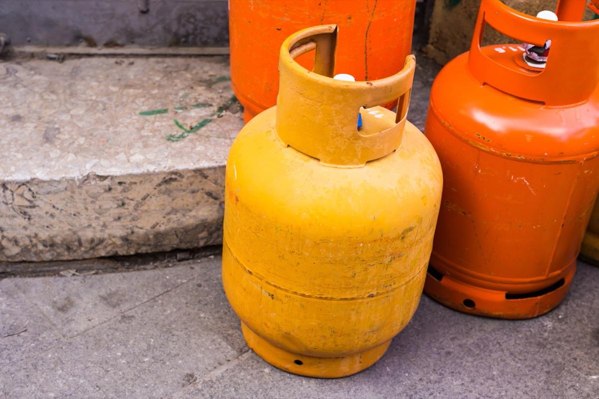 orange and yellow propane tanks