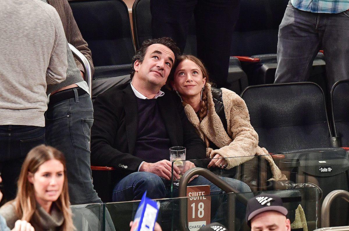 Olivier Sarkozy and Mary-Kate Olsen attend New York Knicks vs Brooklyn Nets game at Madison Square Garden on November 9, 2016 in New York City