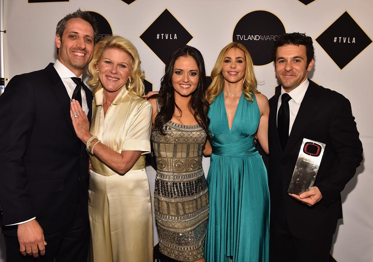 Josh Saviano, Alley Mills, Danica McKellar, Olivia d'Abo and Fred Savage in 2015
