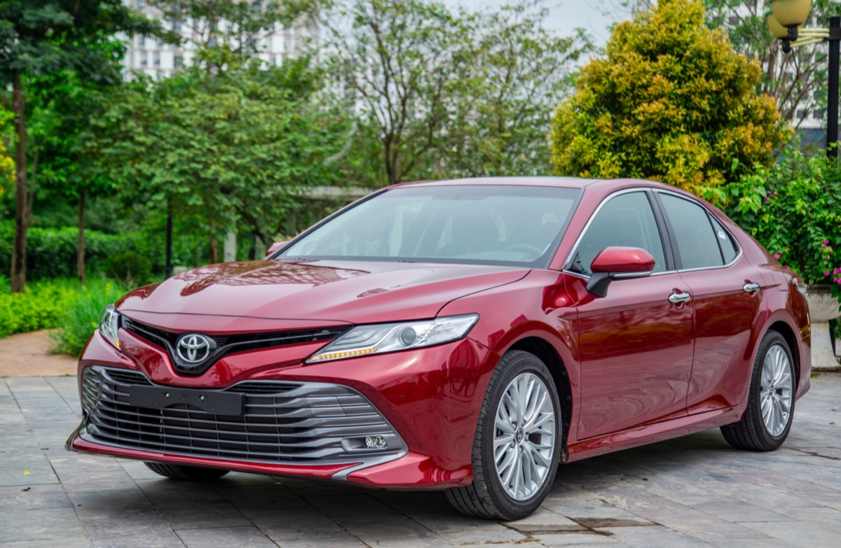 A red toyota Camry