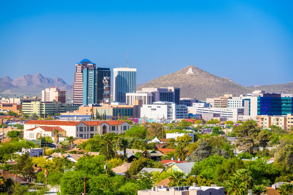 cityscape photo of Tuscon, Arizon