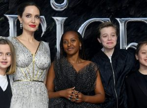 Vivienne Marcheline Jolie-Pitt, Angelina Jolie, Zahara Marley Jolie-Pitt, Shiloh Nouvel Jolie-Pitt and Knox Leon Jolie-Pitt