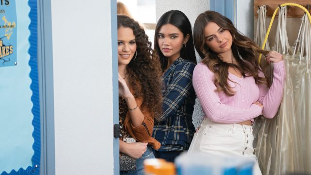 """Madison Pettis, Myra Molloy, and Addison Rae in """"He's All That"""""""