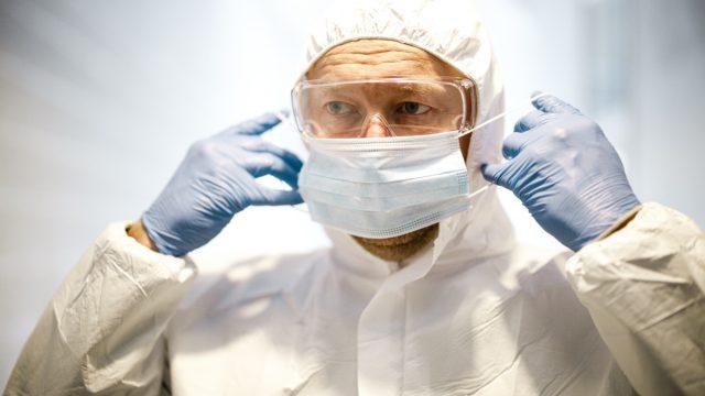 Frontline medical worker in PPE