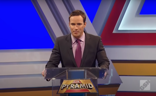 """Mike Richards hosting """"The Pyramid"""""""
