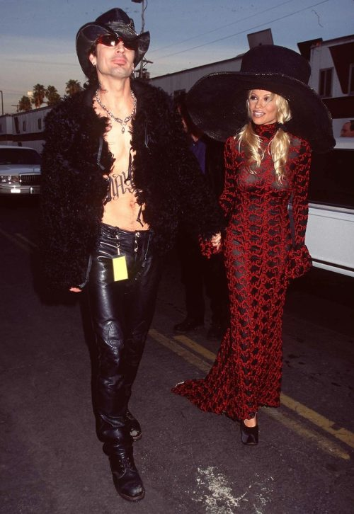 Tommy Lee and Pamela Anderson at the 1997 American Music Awards