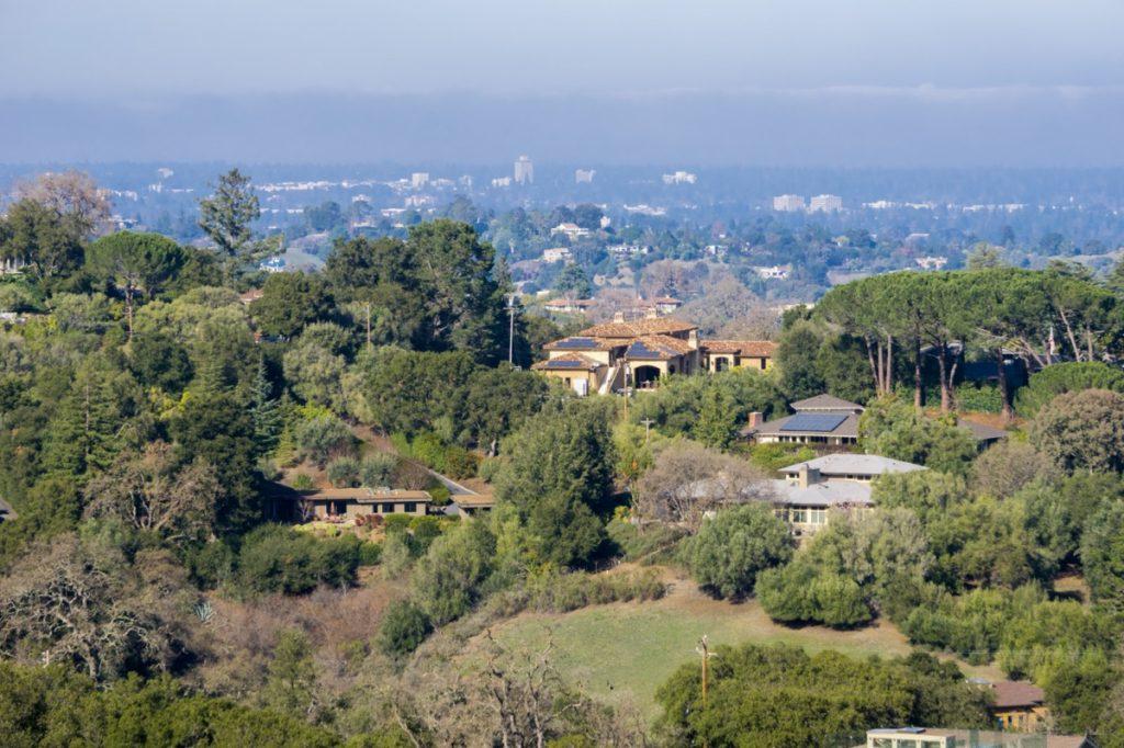 view of houses ins Los Altos hills, California
