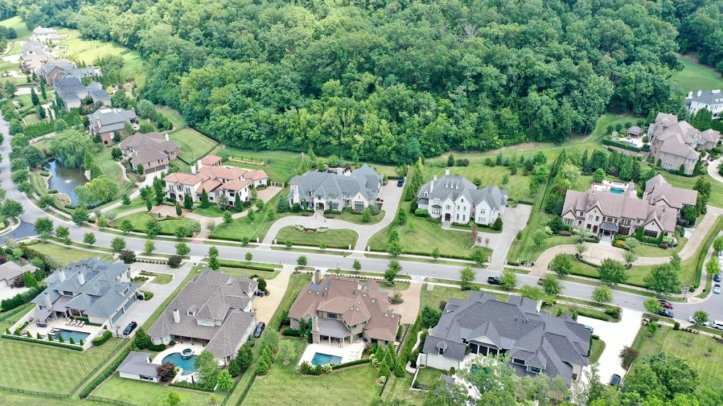 a photo of houses in Nashville, a city near Forest Hills, Tennessee
